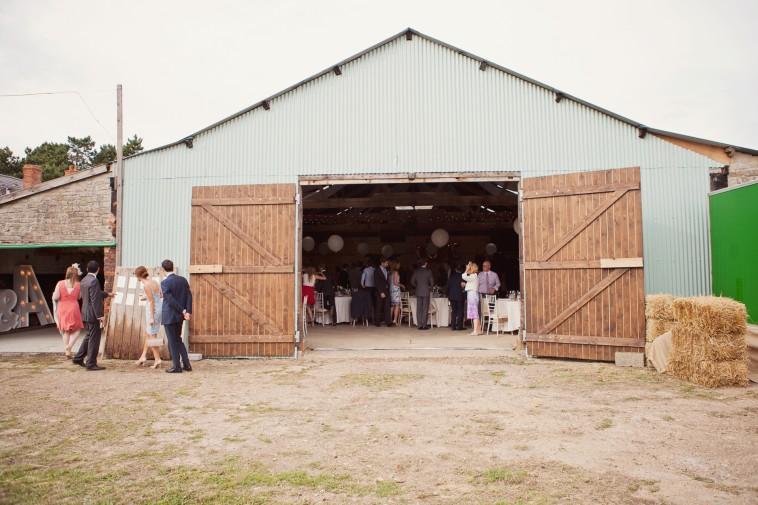Festival-barn-style-wedding-photographer-81-758x505